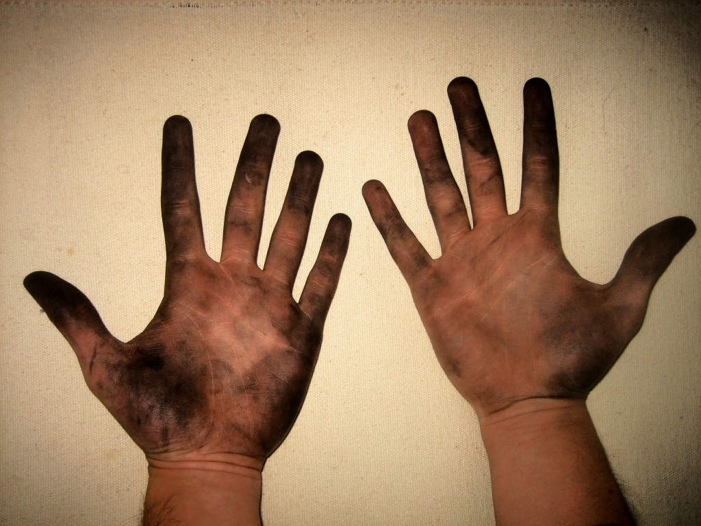 dirty-hands2